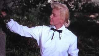 "Doris Day sings ""Secret Love"" from ""Calamity Jane"" (1953)"