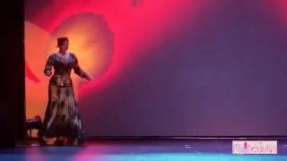 Naked dance perform