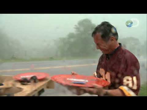 Storm Chasers - Inside The Tornado - Tim's Missouri Twister