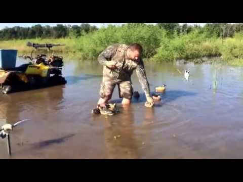 First duck hunt of the year and swamp rig duck decoy demonstration