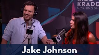 Jake Johnson Talks Jurassic World & Drunk History 2/4