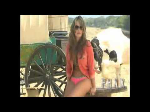 MELISSA GIRALDO Phax 2011 01 video back stage 360p