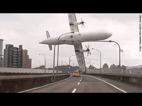 Aeroplane Crash Compilation 2012