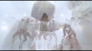 Lady GaGa Bad Romance the two dance parts blended into each other