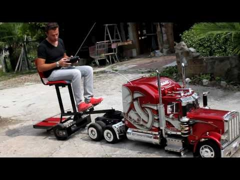 "ModelTruck Peterbilt  359 RC con ""Biga\"".mp4"