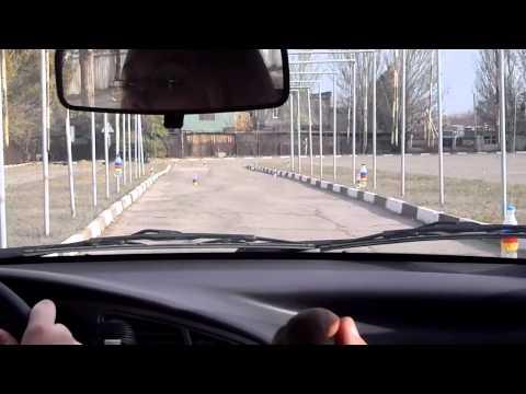 Уроки вождения на автодроме - видео