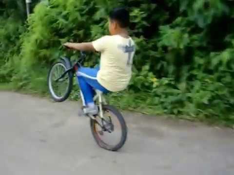 Caballito en Bicicleta ( San cristóbal edo tachira Venezuela )