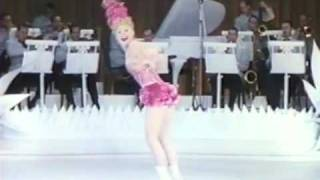 Sonja Henie! - Olympic, World skating Star! - Stunning Performance