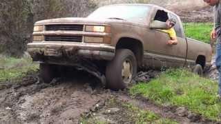 1998 Chevy Silverado K1500 Z71 Mud Riding