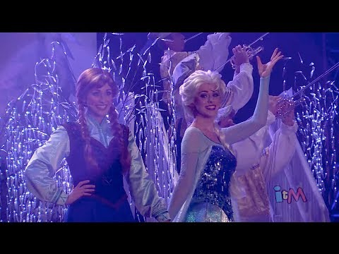 Frozen fireworks at Walt Disney World with Anna, Elsa, Kristoff, Olaf in Summer Fun event