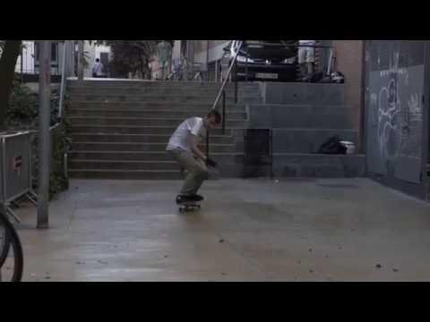 Frontside hurricane by @chriskhan_ 🎥: @marc_mds | Shralpin Skateboarding