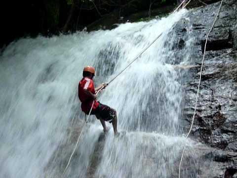 waterfall abseiling ulu geruntum gopeng perak youtube