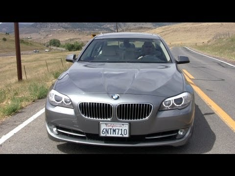 Top 5 mid-sized luxury sedans reviewed