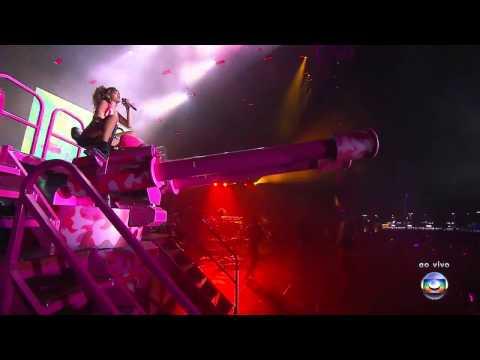 Rihanna - Raining Men (feat. Nicki Minaj)