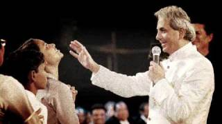 False Prophet: What does the Bible say about Benny Hinn?