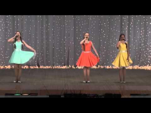 Праздничный концерт детской музыкальной школы №1. Часть 1