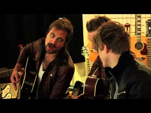 Royal Republic - 'Driving Home For Christmas' (Chris Rea Cover)