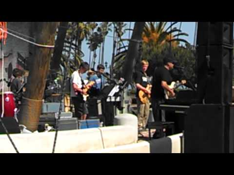 Santa Barbara Middle School Songfest - Island in the Sun (original by Weezer)