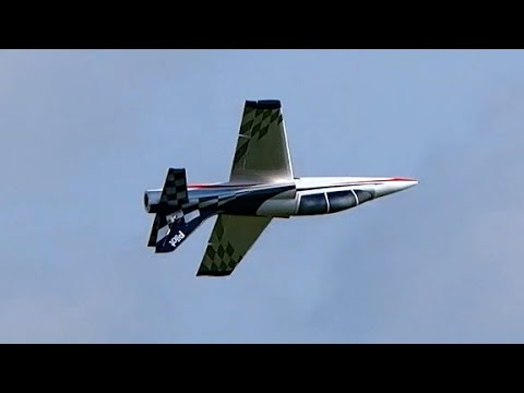 DOLPHIN 78 RC MODEL TURBINE SPORT JET FLIGHT TO MUSIC / Jetpower Messe 2015