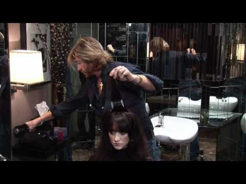 Hair Tutorial - Nicky Clarke recreates Penelope Cruz bouncy retro hair