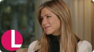 Extended: Jennifer Aniston Talks Friends Reunion, Office Christmas Party & Justin Theroux | Lorraine