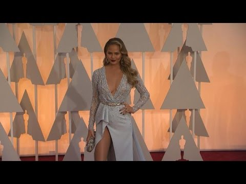 Chrissy Teigen's Shocking Oscar Fashion Confession: 'I Do Have Underwear on Tonight'