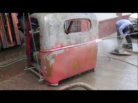 Removing Rust from a Classic Truck - 1939 Chevrolet Cab Over Engine COE - HD