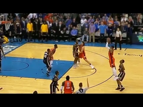 Russell Westbrook Drains CLUTCH Game-Tying Shot