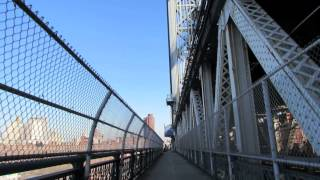 A Walk Across the Manhattan Bridge