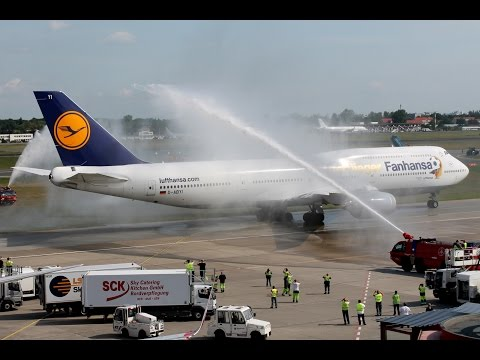 German World Champion Team arrives at home - Fanhansa Boeing 747-8i [D-ABYI]