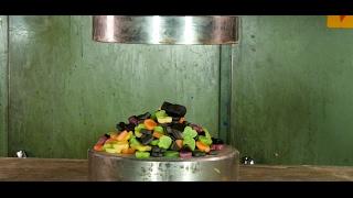 Crushing Finnish candy with hydraulic press
