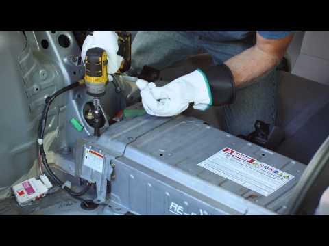 Toyota Prius Gen 2 Hybrid Battery Installation