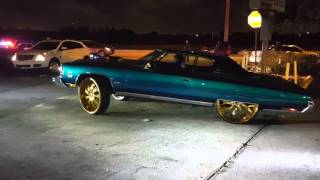 "CHEVY DONKS ON GOLD 30"" RIMS & EVERYTHING ELSE SLIDING THRU CHRISTMAS 2K15 IN LAUDERDALE"