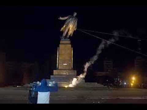 Ukraine says goodbye to Lenin