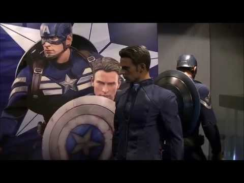 Hot Toys Captain America Stealth Strike Suit & Steve Rogers