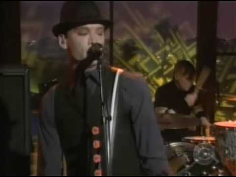 Alkaline Trio - Burn (Live On Craig Ferguson)