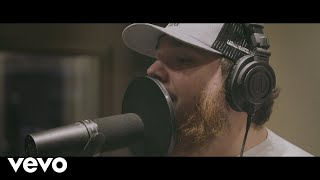 Download Lagu Luke Combs - Must've Never Met You Gratis STAFABAND