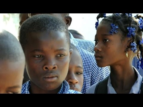 Residents vaccinated as Haiti fights cholera epidemic