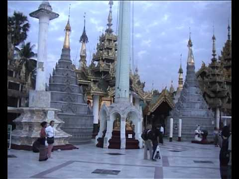 Shwedagon, early morning
