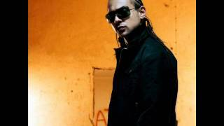 Watch Sean Paul Straight Up video