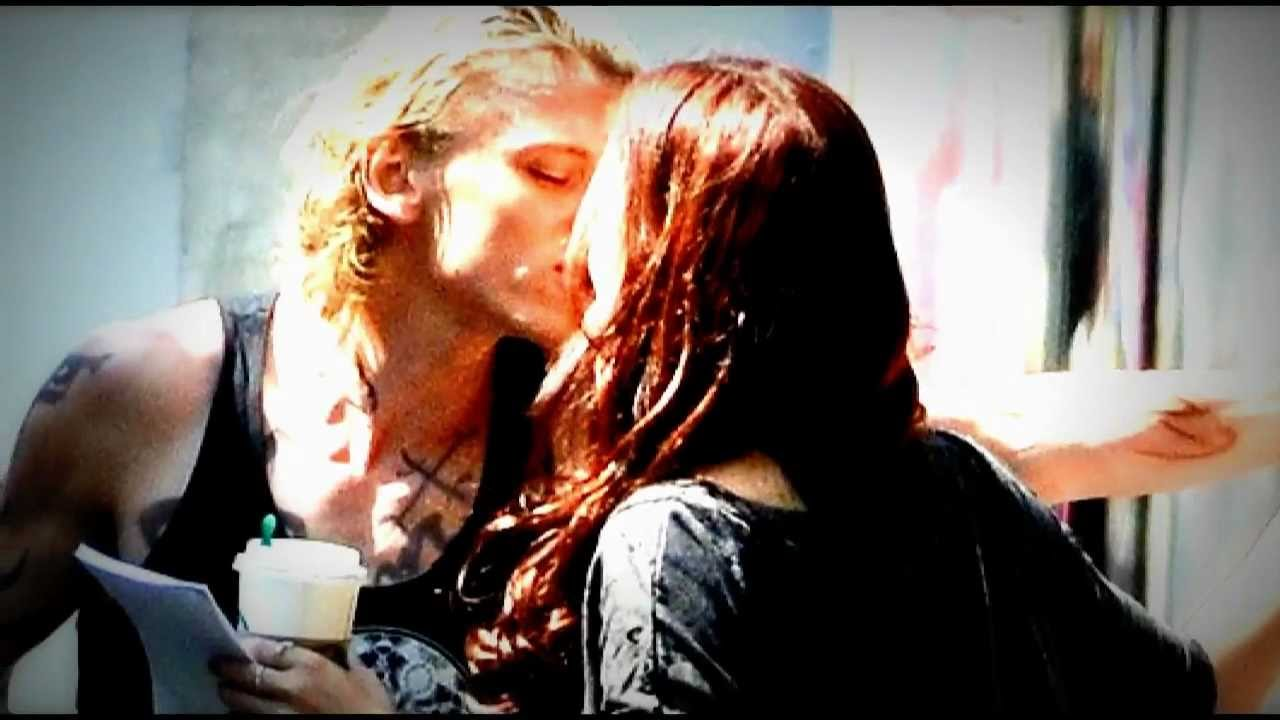 Jace And Clary Lily Collins  Jace And Clary Lily Collins And Jamie Bower Kiss