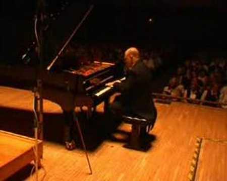 Steven Spooner plays Schubert/Liszt Standchen