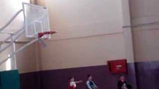 6 YEARS OLD BASKETBALL PLAYER 6 yaşındaki basketbolcu