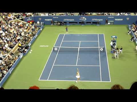 Serena Williams vs Caroline Wozniacki US Open Semifinal 2011 End of First Set HD 720p