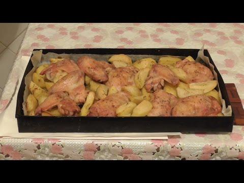 Тушеная картошка с курицей в духовке рецепт