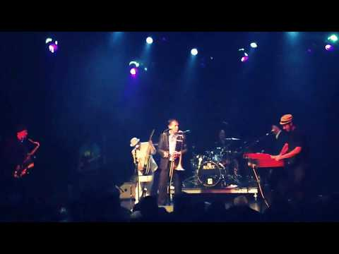 The Slackers feat Eric - 'Crazy' (Live at El Rey in Los Angeles, CA) feat. Hepcat guitarist