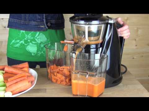 Omega vSJ 843 vs SlowStar Juicer Comparison Review - Juicing Carrots 3GP Mp4 HD Free download