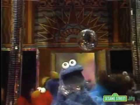 Tom Waits cookie Monster - Hell Broke Luce video
