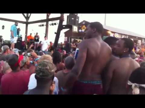 2013 Louisiana mudfest bikini contest