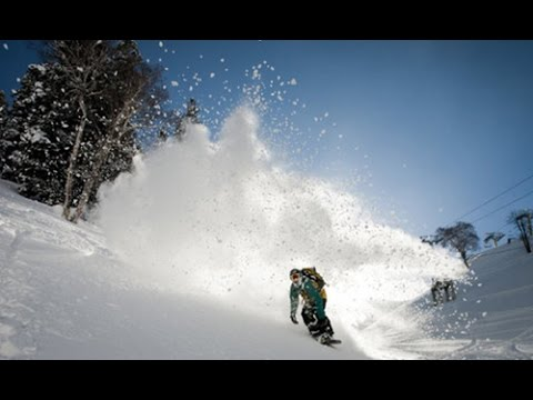 Kashmir avalanche Indian soldier 'miraculously rescued'